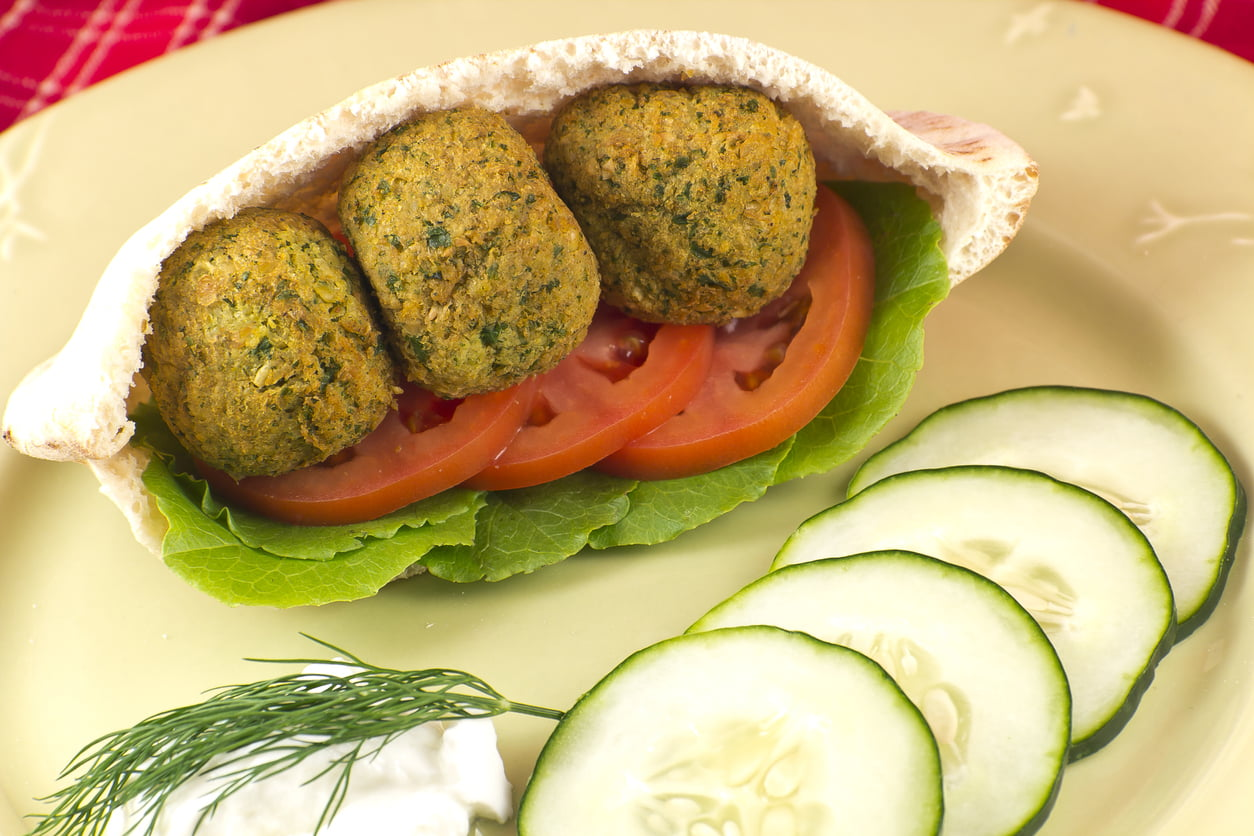 Mobile Gourmet – Falafel In The Galley Kitchen