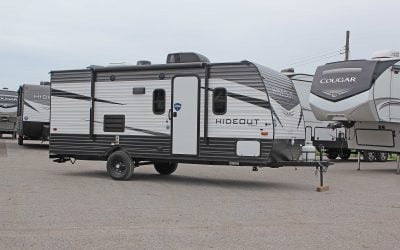 2020 Keystone Hideout 186LS: A Family-Friendly Travel Trailer for The First Time RVer