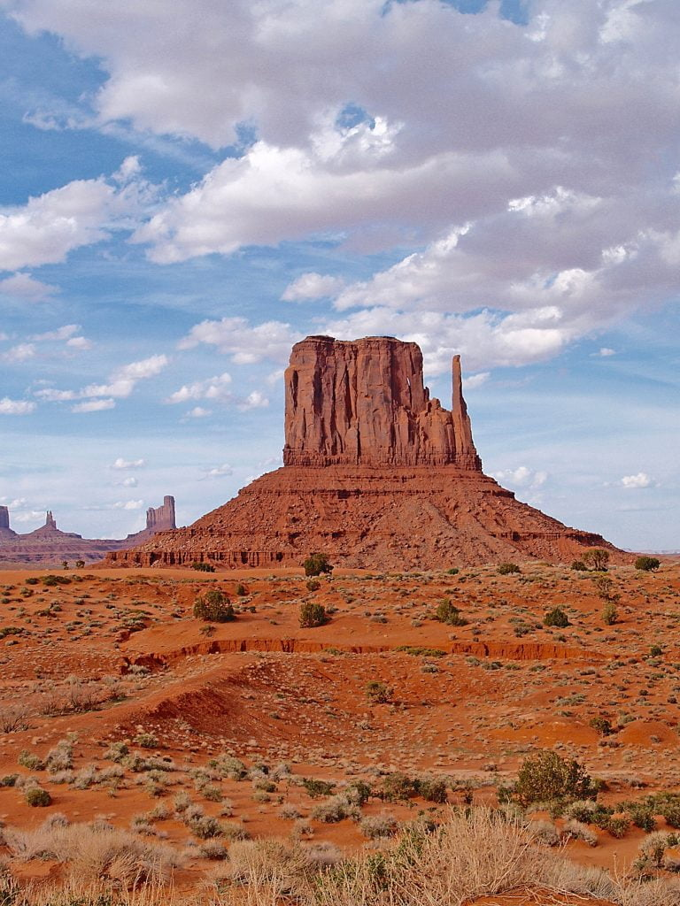 Monument Valley large rock monument