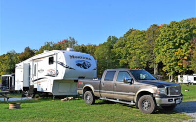 Our Stay at the Bottom of the Canadian Shield – An RV Family Playground